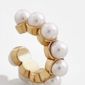 Bauble Bar 🐌Clasina Pearl Ear Cuff